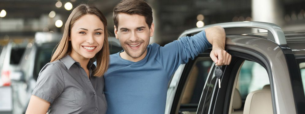 happy-used-car-financing-couple