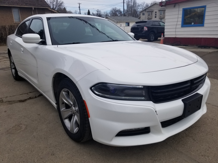 2015 Dodge Charger SXT Car