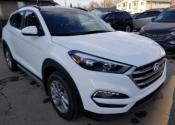 2017 Hyundai Tucson Ltd. LOADED BRAND NEW SUV