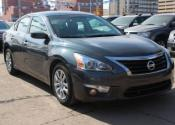 2013 Nissan Altima S LOW KM Car