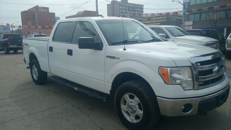 2013 Ford F-150 XLT SuperCrew! Truck